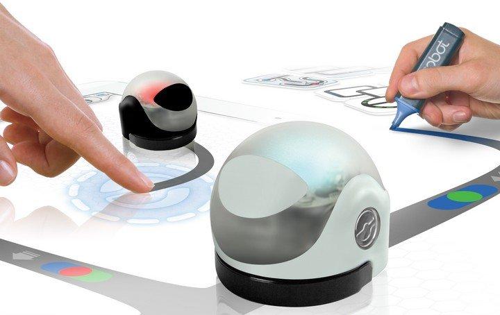 apprendre coder avec un robot d couvre ozobot geek junior. Black Bedroom Furniture Sets. Home Design Ideas