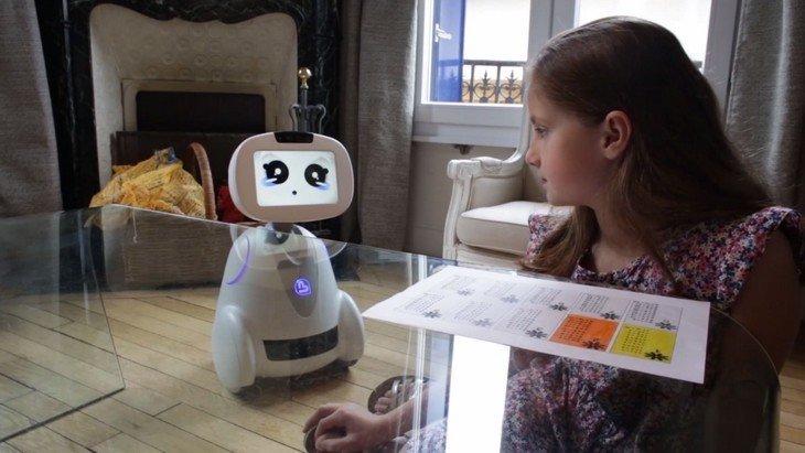 Adopte Buddy, le premier robot pour toute la famille
