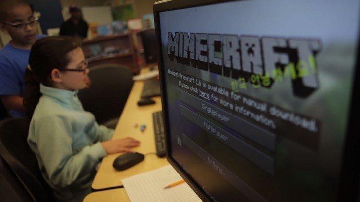 Apprendre à l'école avec Minecraft Education Edition ? Microsoft y croit. Et toi ?