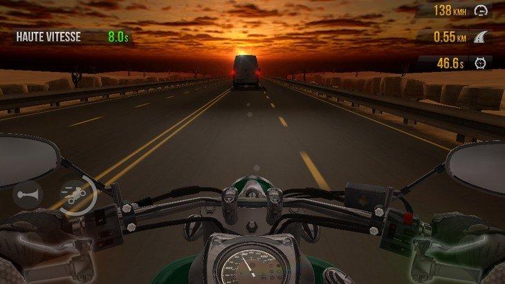 Poignée dans le coin avec le jeu Traffic Rider (Android et iOS)