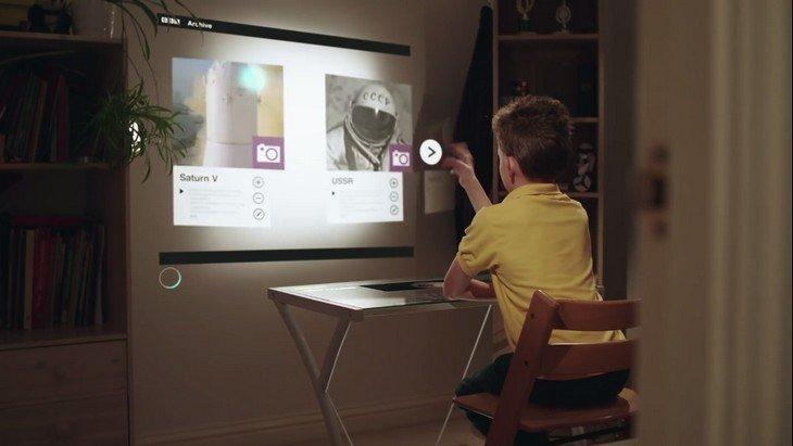 et si la t l vision du futur c 39 tait a vid o geek junior. Black Bedroom Furniture Sets. Home Design Ideas