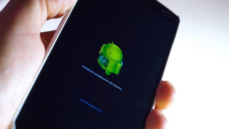 Un smartphone Android à Noël ? Quelles applications télécharger ?