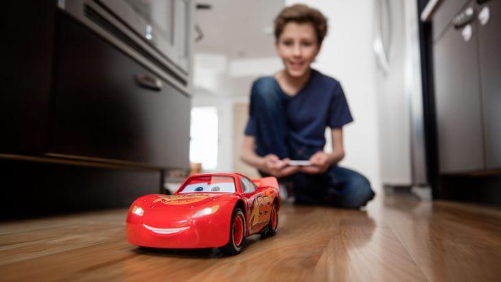 Après BB-8, Sphero fait rouler Flash McQueen avec ton smartphone !