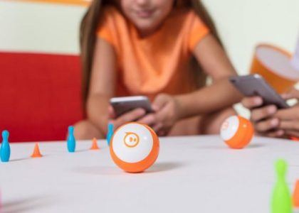 Sphero Mini, la petite balle robotisée pour s'amuser et coder !