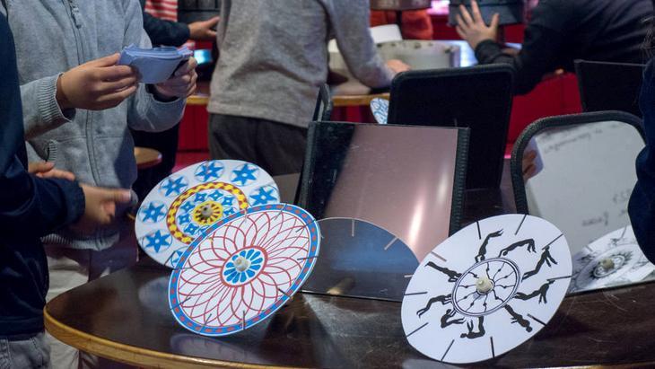 Des ateliers de programmation, robotique et contes animés à la Cité des Sciences