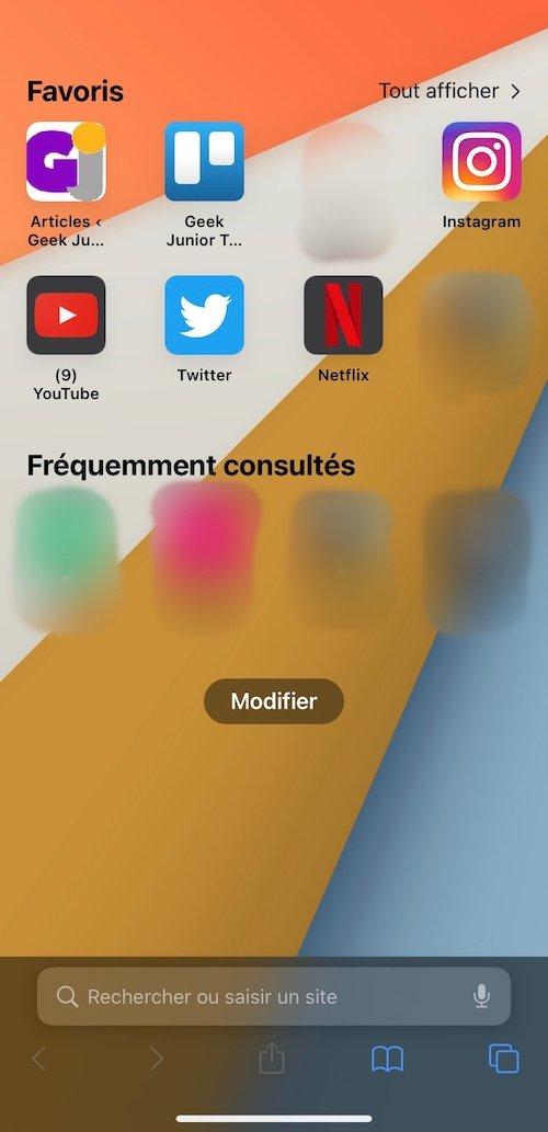 iOS 15.0 Safari